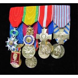 Kit complet opex porte m dailles et barrettes militaires for Decoration porte francaise